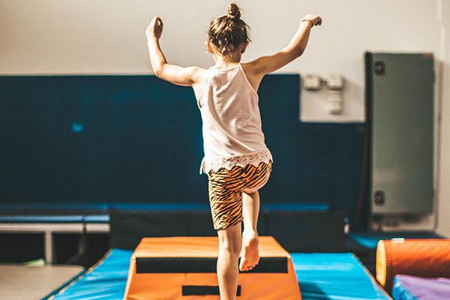 Girl jumping at Gymkidz