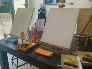 Pinot and Picasso easel set up